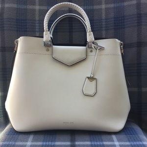 Micheal Kors Blakey Leather Tote